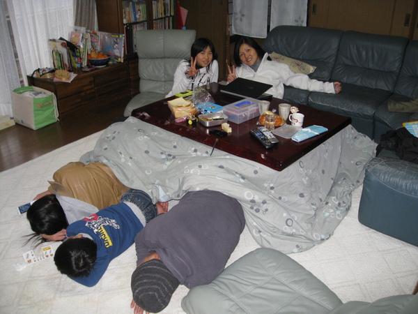 Зимняя сказка: холодные дома и бедная жизнь в богатой Японии
