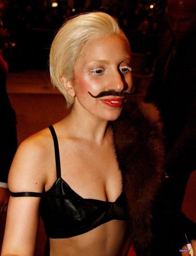 Леди Гага – теперь и с усами!