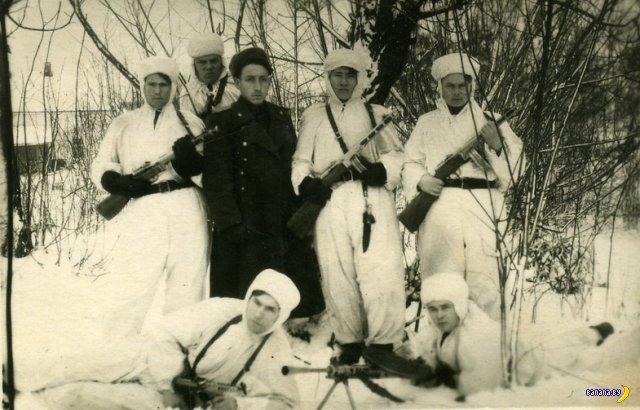 """Группа """"Ух!"""" -охотники на бандеровцев"""