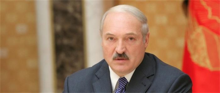 Лукашенко: задача не допустить обвалов на валютном рынке в Беларуси реализуется