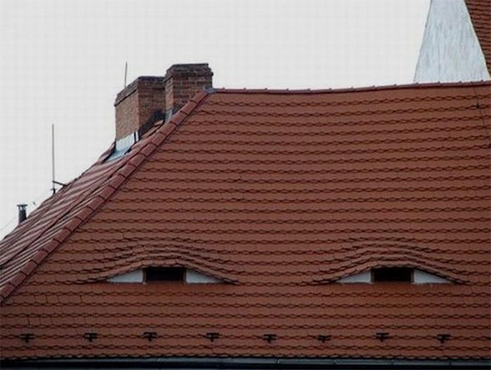 Я вижу лица людей там, где их нет!