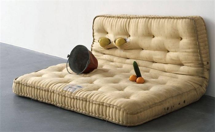 Уголок современного искусства