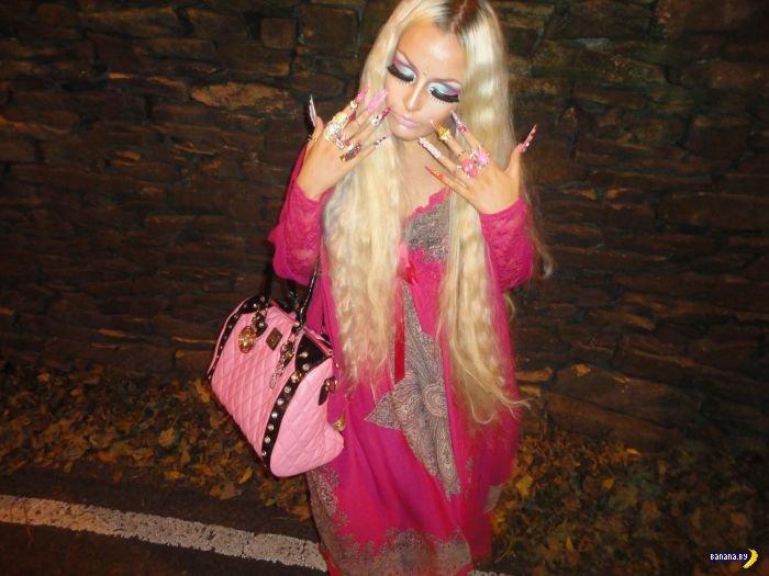 Еще одна ожившая кукла - Lhouraii Li