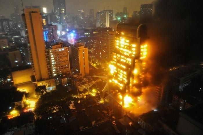 Как выгорают небоскребы