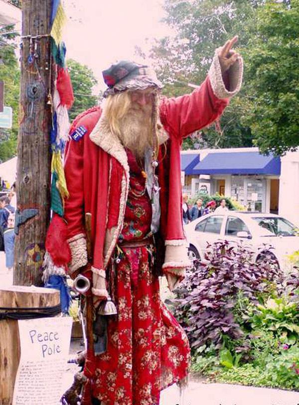 5 альтернативных Санта-Клаусов (или Дедов Морозов)