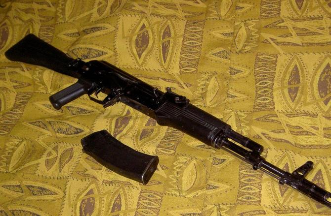 В Москве расстреляли мужчину с моделью автомата