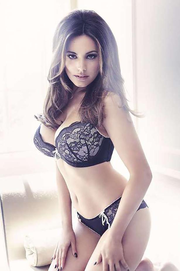 Красивые девушки в нижнем белье - 23