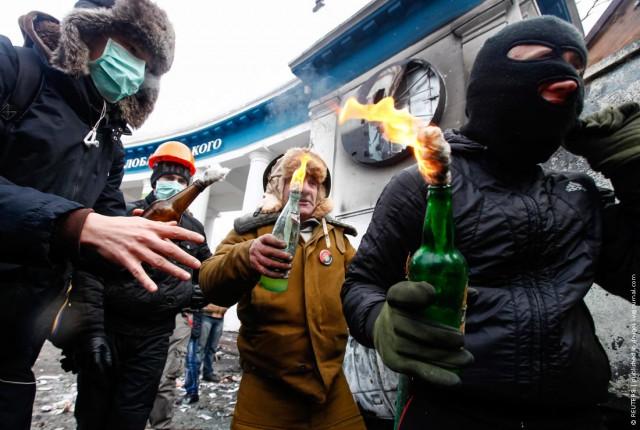 Жесть и огонь в Киеве