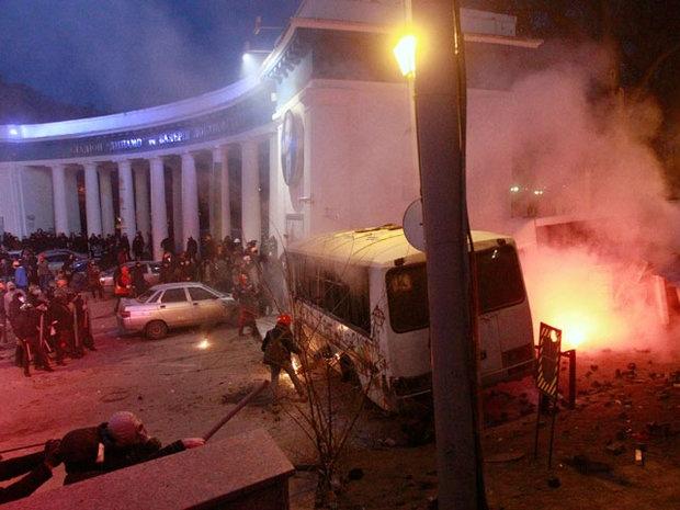 Первые трупы с Евромайдана