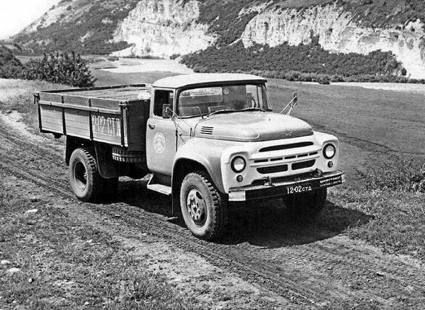 10 легендарных советских грузовиков