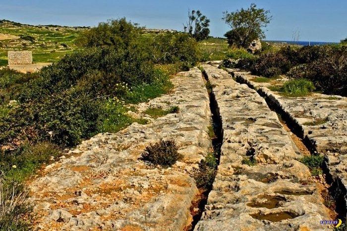 Загадочные колеи на Мальте