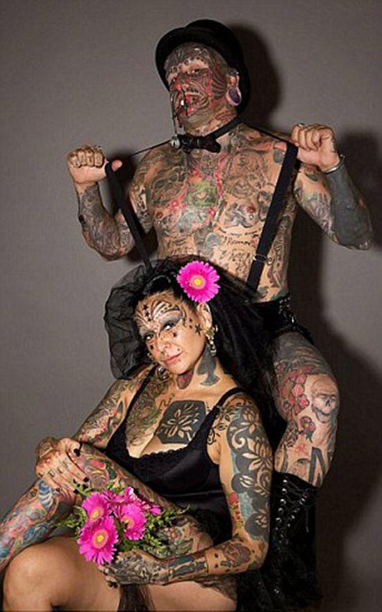 Самая татуированная семья