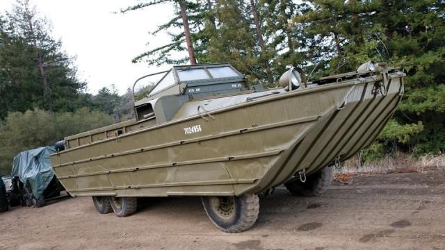 Музей распродает танки