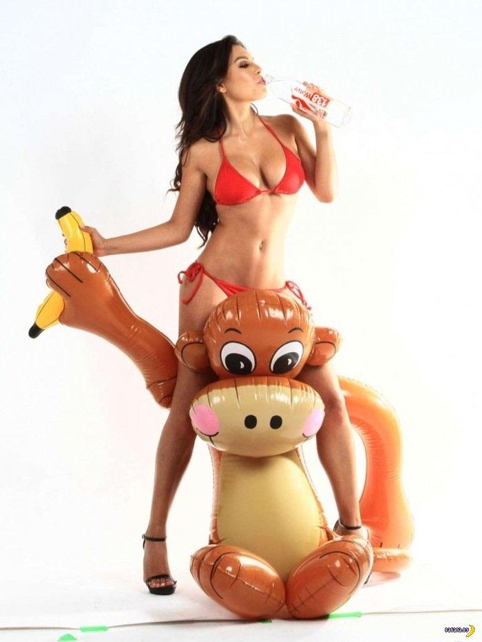 Все любят мартышек с бананами