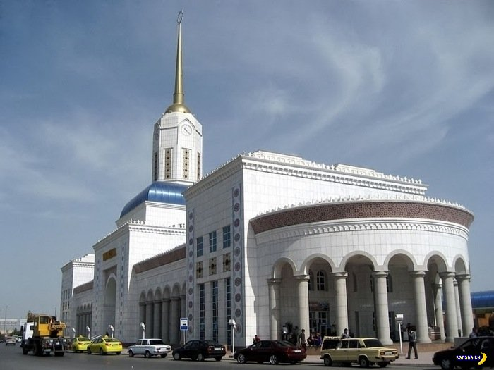 Ашхабад - город из белого мрамора и золота