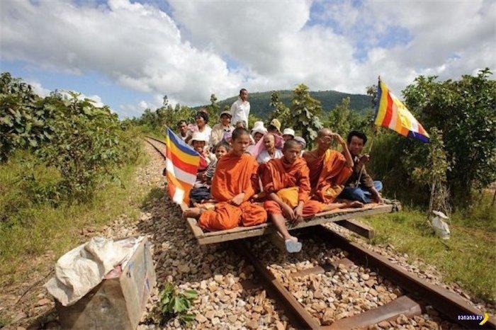 Бамбуковые поезда Камбоджи