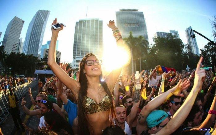 ������� �  Ultra Music Festival