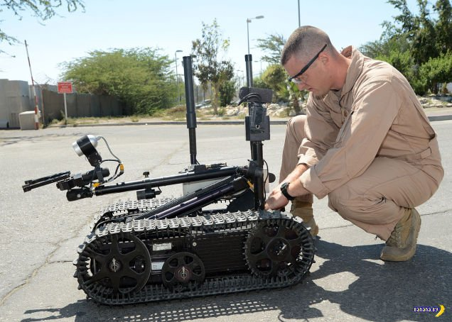 Разминирование бомб - от кирки до роботов