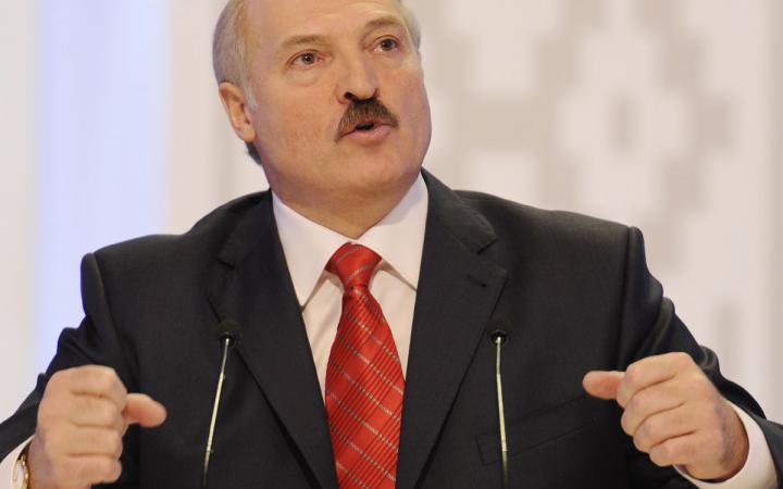Лукашенко против федерализации Украины