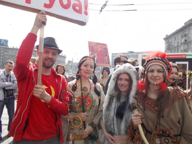 Новосибирская монстрация 1 мая