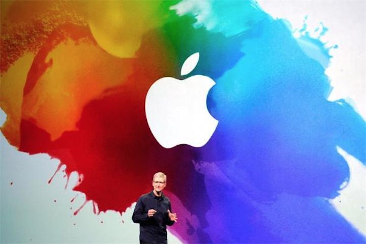 Apple приглашает своих сотрудников на гей-парад в Сан-Франциско