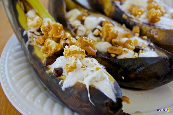 Заморское лакомство - банановые лодочки на гриле