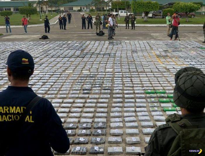 Две тонны кокаина