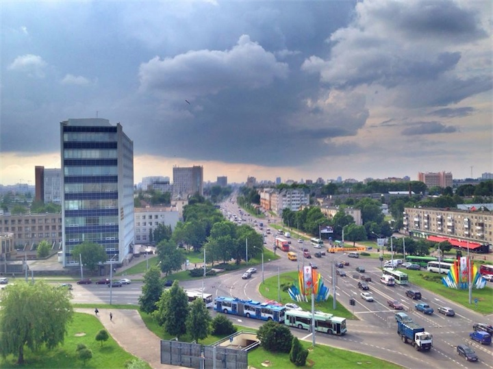 В Беларуси сохранится неустойчивая теплая погода