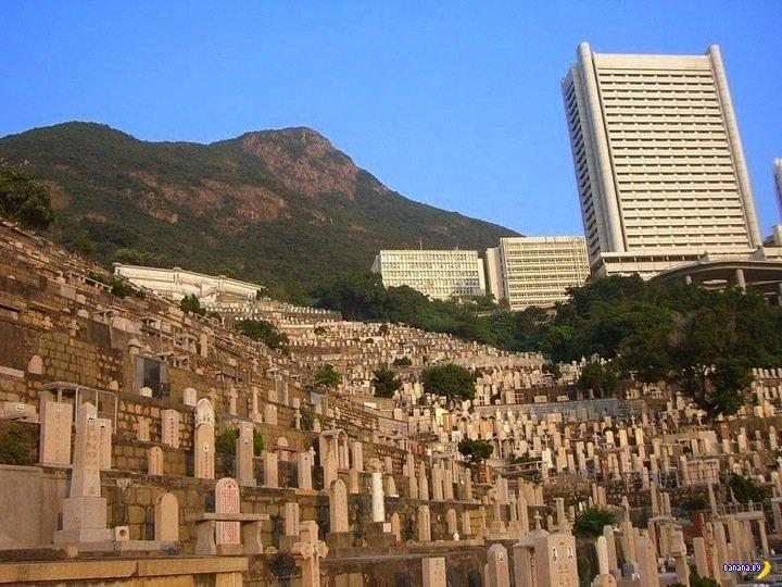 Вертикальное кладбище в Гонконге