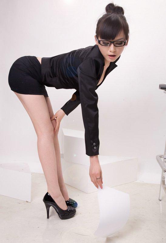 Мужчины изменяют женщинам определенной профессии