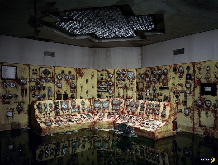 Художник Лори Нокс и заброшенные объекты