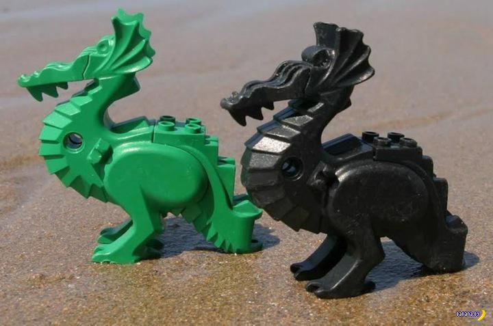 20 лет люди собирают LEGO на берегу