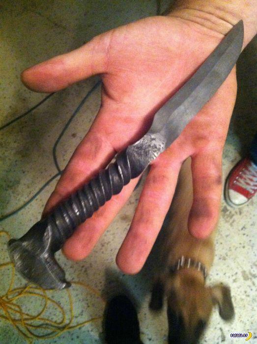 Нож из путевого костыля своими руками
