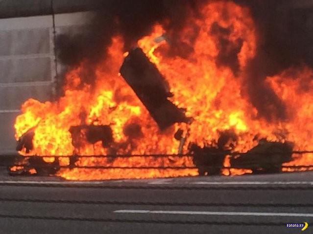 В Японии сгорел Ламбо