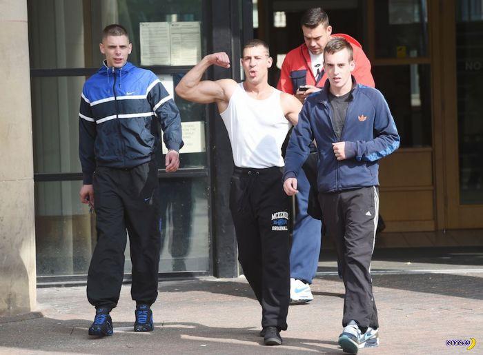Британские хулиганы пугают полицию арсеналом