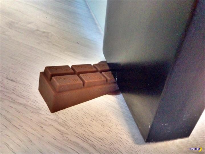 Tinydeal: шоколадка под дверь