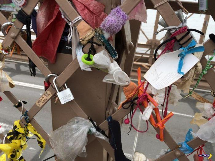 Странные артефакты на Бруклинском мосту