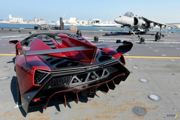 Продается Lamborghini Veneno Roadster