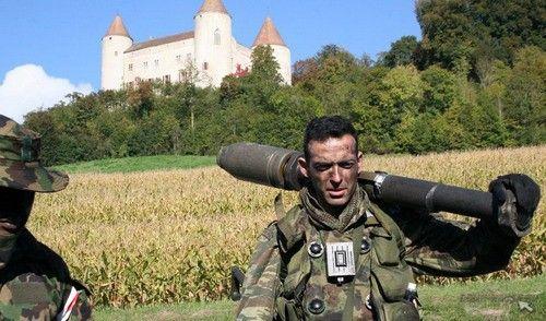 Про швейцарскую военщину