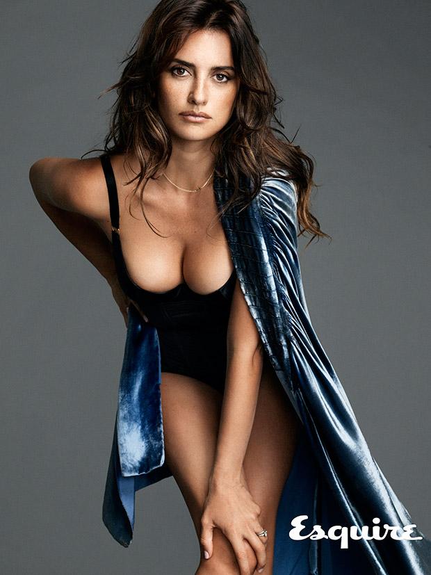Самая сексуальная женщина в мире по версии Esquire