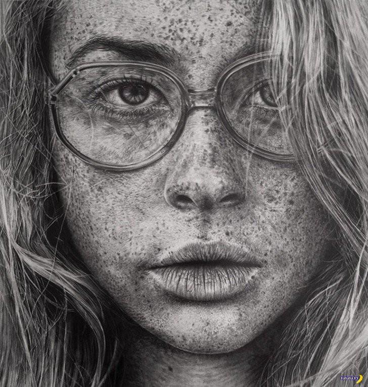 Рисует Моника Ли