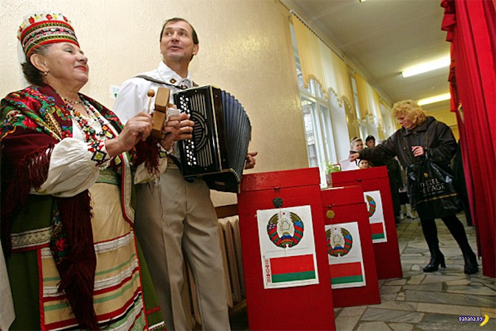 А надо было пропускать Лукашенко в 2004? (опрос)