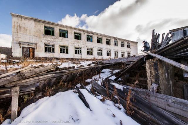 Покинутая колония на Колыме