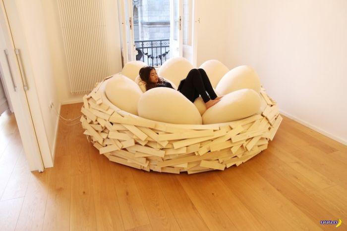 Вообще-то это диван