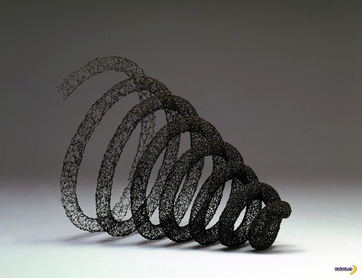 Скульптуры бы делать из этих гвоздей!