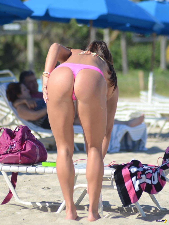 Мишель Левин на пляже