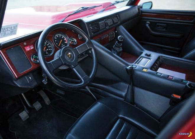��������� ����� - Lamborghini LM002
