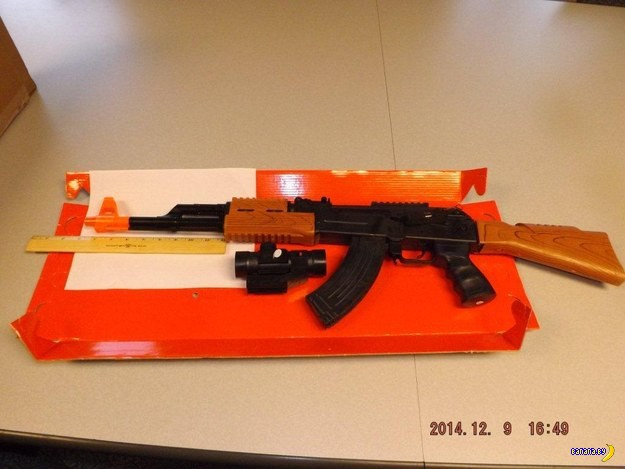 Нью-Йорк против игрушечного оружия