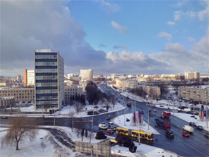 Погода в Беларуси: будет ветренно, временами снег