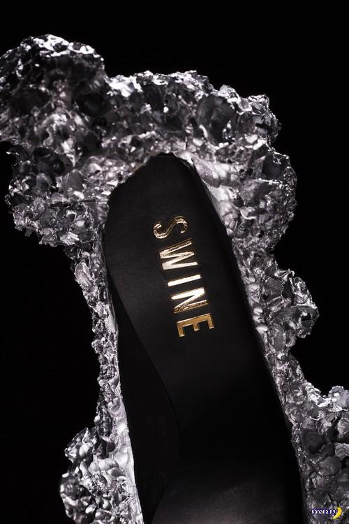 Туфельки из вспененного алюминия
